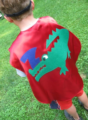 custom kids capes,superhero costumes,alligator,