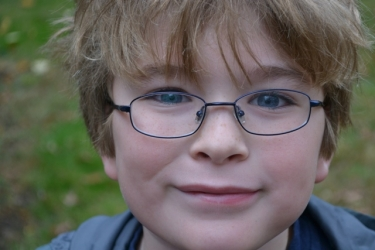 boy with glasses,boy with blond hair